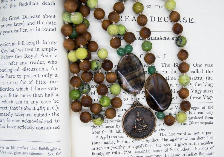 Buddha Amulet 108 Mala With Rosewood & Serpentine